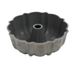Focus Foodservice Cake Pan, 12 cup, fluted